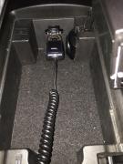 RX-8のアクセサリー電源に装着した写真