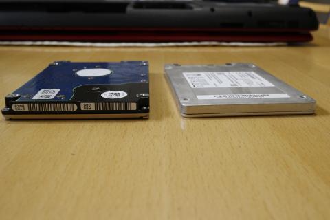 HDDとSSDの背比べ