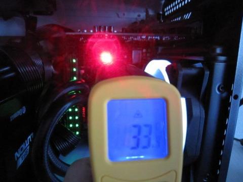 放射温度計にて