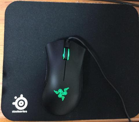 ▲マウスとのサイズ比較