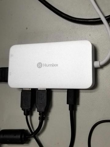 X1への周辺機器の接続ハブとして購入
