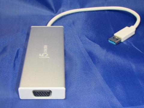 左側面 VGAポート