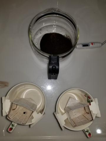 使用するサーバと温度計