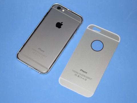 iPhone6をバンパーに入れる