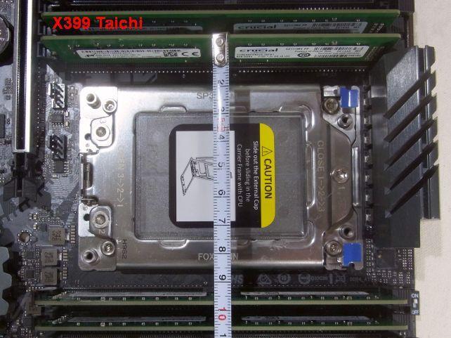 CPU側のメモリの間隔が10cmないTaichiに対して...