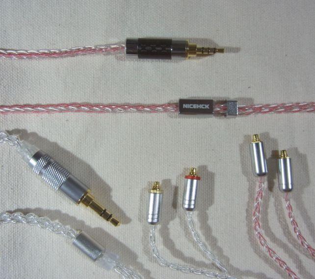 ケーブルそのものは6N銀メッキ線(左下)よりむしろ細くてしなやか