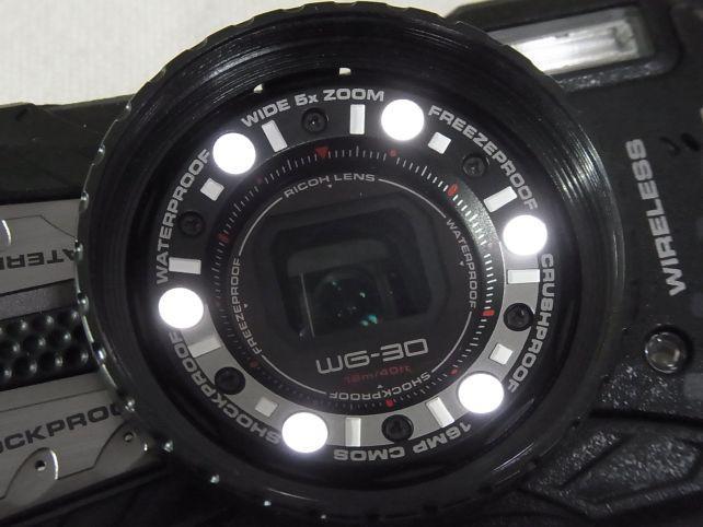 マクロ用LED照明はワンボタンでON/OFF出来るといいのにナァ...