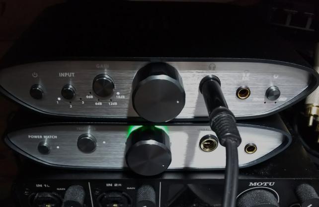 iFi Audio ZEN DAC と ZEN CAN