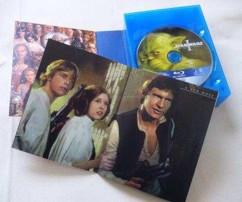ブックレットには各エピソードの象徴的なシーンのアートが