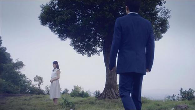 3曲のPVはみんなこの木の周りの情景が描き出される。