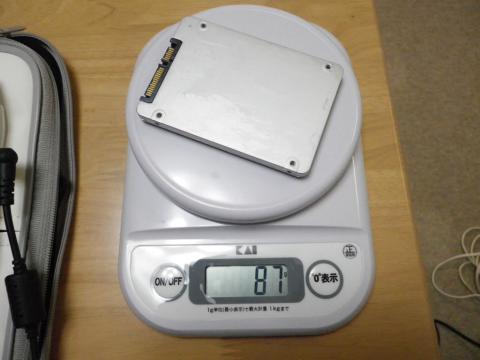 SSDの重さ