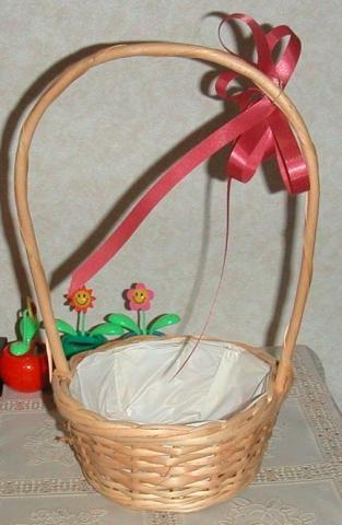 竹で編んだ籠