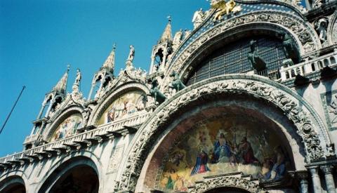 イタリア建物.JPG