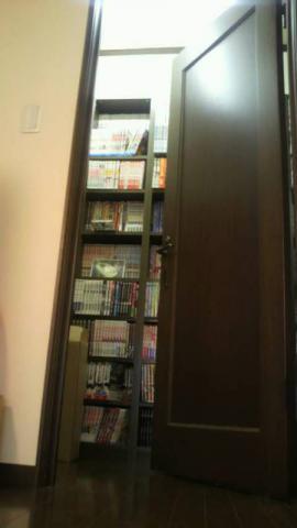 3F書庫入口です