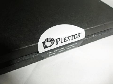 PLEXTORの封印シール