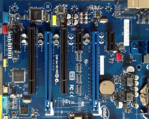 PCI Express 周り