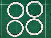 工作用紙を切り抜いて作った円環