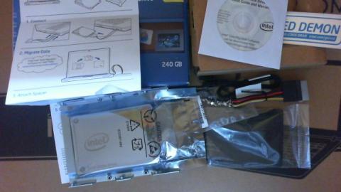 Intel 530 240GBの準備