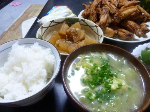 大根の煮物とキャベツのスープ