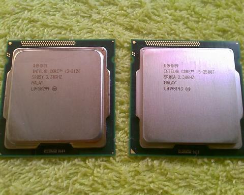 Core i3-2120 と Core i5-2500T 表