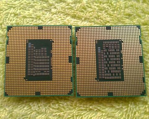 Core i3-2120 と Core i5-2500T 裏