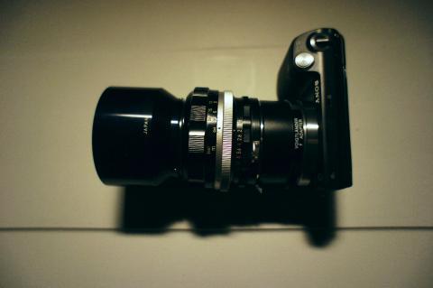SONY NEX-5N + NIKKOR-S Auto F1.2 f=55mm