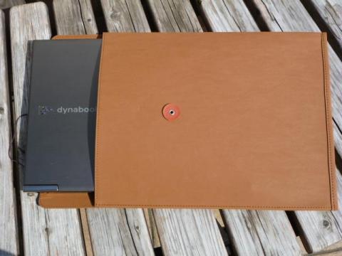ジーンズのラベル素材で作った 丸留め付き封筒・大