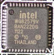 ネットワークコントローラには、intel 82579 1000BASE-T対応コントローラーが搭載される