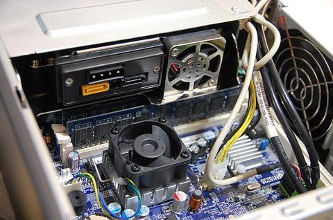 CPU周辺