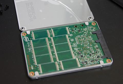 intel SSD 320裏