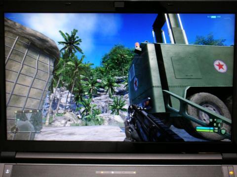 ちなみにこのゲームは某北の国の兵士と戦います(^^;