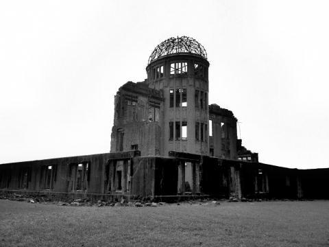 原爆ドーム・古い感じ