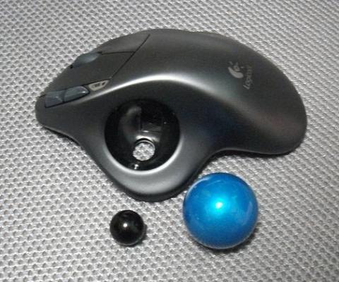 ボールの取り外しと他のトラックボールとボール比較