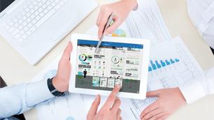 セールス効率化をサポートする All in One タブレットの有効活用に関するマーケティングリサーチ
